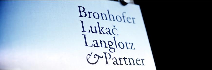 Logo Bronhofer - Kfz-Gutachter /-Sachverständiger - München, Mühldorf, Wasserburg